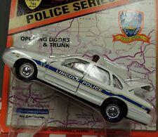 LINCOLN CITY Police Car 1997 CROWN VICTORIA 1:43 SCALE MIP !