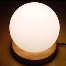 Lámparas de interior de color principal blanco de madera