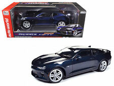 AUTO WORLD 1/18 MUSCLE CARS 2016 CHEVROLET CAMARO SS - 50TH ANNIVERSARY AW239