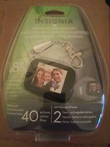 """Insignia Digital Picture Keychain 1.8"""" LCD Screen Up To 40 Photos 2 Hour Battery"""