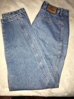 VINTAGE-Women's vintage Liz Wear Jeans Size 14, tapered leg, high waist.