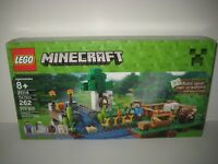LEGO Minecraft 21114 With Instructions in Box Incomplete Set