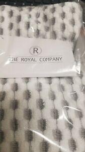WYATT Bath Towel Collection 27 x 54 the Royal Company-GREY- 100% cotton(1)