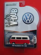 GREENLIGHT CLUB V-DUB 1968 VOLKSWAGEN TYPE 2 BUS RED MINT 1: 64 SCALE