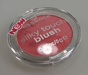 Essence Silky Touch Blush 60 life's a cherry Rouge