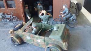 World War 2  DIORAMA   -  'A Friendly Chat'    1:35 scale