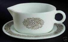 LQQK - Pyrex WOODLAND BROWN Gravy Boat & Underplate  EXCELLENT CONDITION
