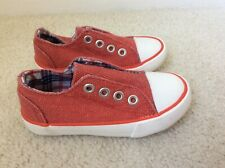 CUTE BABY BOY GIRL UNISEX RED SHOES TRAINERS PLIMSOLES SIZE 6 INFANT BNWT