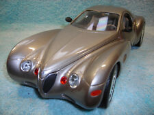 1/18 SCALE 1995 CHRYSLER ATLANTIC CONCEPT IN CHAMPAGNE METALLIC BY GUILOY.