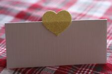 10 WHITE NAME PLACE CARDS WITH YELLOW GLITTER HEART