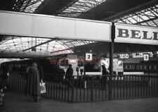 PHOTO  TYPE 2 DIESELS AT THE BUFFER STOPS OF GLASGOW (QUEEN STREET) STATION V2