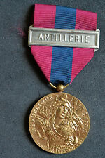 A2 Médaille militaire de la défense nationale artillerie French Medal BADGE