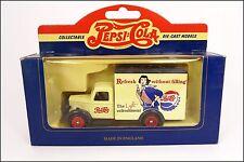 "Bedford 1950 30 CWT  Pepsi Cola Coca Lledo - Days Gone ""Vanguard"" - Art:VD01"