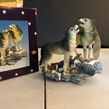 Rich Resin Wolves Figurine 2001 Collection With Tags And Box