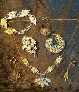 Job Lot of Costume Jewellery - Necklace, Earings, Bracelet , Brooches, Adj.Ring
