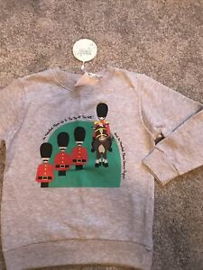 NEW Long Sleeve Sweatshirt 4-5y BNWT Guards Soldiers Horse Boys Girls Clothing