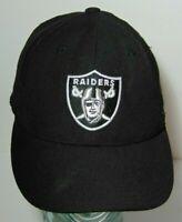 SIZE 7 1/4 Oakland Raiders NFL Football NFL REEBOX ON FIELD TEAM APPAREL HAT CAP