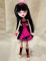 Mattel Monster High Draculaura Die-Ner Doll