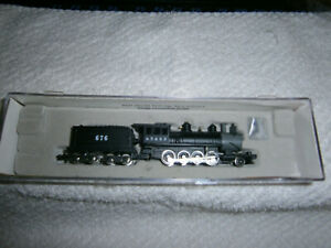 N Scale Roundhouse #8008 R-T-R 2-8-0 Locomotive ATSF Rd # 676
