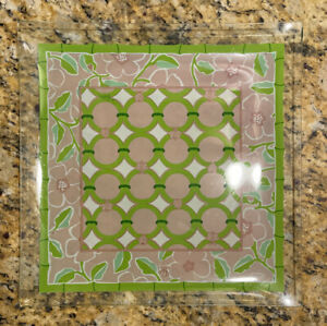 Lilly Pulitzer Bent Glass Dish Catchall Dresser Caddy Dish Jungle Tumble Pink