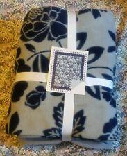 Fleece Flower No Sew Throw Kit Blanket For You To Tie.