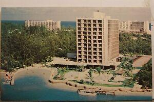 Bahamas Nassau Paradise Island Flagler Inn Shipwreck Beach Postcard Old Vintage