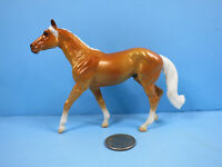 BREYER Stablemate-2021 Horse Foal Surprise-Palomino Walking Thoroughbred-New