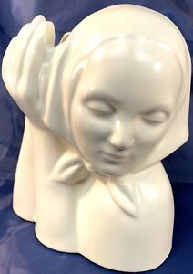 Vintage Catalina Pottery Peasant Girl Head Vase Off-White Matte Glaze 1937-42