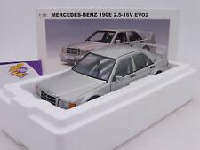"""Autoart 76133 # mercedes benz 190e 2.5-16v evo2 año de fabricación 1990 en """"plata"""" 1:18"""