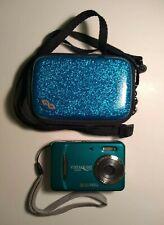 VistaQuest VQ8224 8.0 MP Digital Camera Lomography With Case & 1GB SD Card