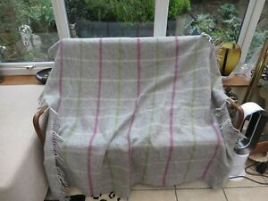 """Country Living Collection quality wool throw with tassels grey 64/64"""" quality"""