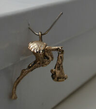 14k GOLD 3D VINTAGE STORK WITH BABY CHARM CH20