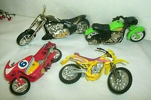 4 TOY MOTORCYCLES, KAWASAKI MAISTO, ARCO FRICTION, RED FRICTION, BLACK/SILVER WI