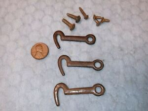 Small Early Hook Catches Latch Primitive Cast Iron
