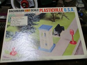 1970'S BACHMANN PLASTICVILLE PARK ASSORTMENT.WITH 24 PEOPLE.O  OR S SCALE. NEW.