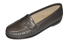 SAS Wink Pewter Leather Slip On Penny Loafers Womens Size 7 M Comfort Shoes