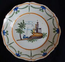 G3/ Assiette ancienne (Nevers ou La Rochelle?) décor avec un pêcheur...