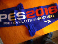 Schal mit Pro Evolution Soccer Motiv von KONAMI Merchandise in Blau/Bunt 150 cm