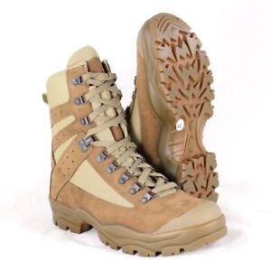 Chaussures réglementaires félin combat zone chaude
