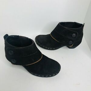 Women's Black Merrell brown suede booties size 7.5 shoes boots