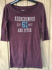 Abercrombie & Fitch Ladies / Girls Burgundy Top with 3/4 length sleeves. Size S