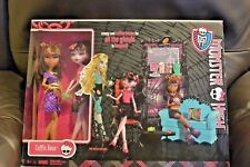Monster High Coffin Bean Playset 2 Dolls Clawdeen Draculaura NEW Sealed Costco