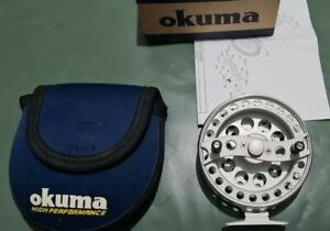 A OKUMA AVENTA VT 1000 TROTTING REEL LITTLE USED CONDITION BOXED WITH PAPERWORK
