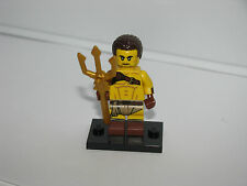 "Lego Mini Figures Series 17 Roman Gladiator w Trident   ""BRAND NEW"" 71018"