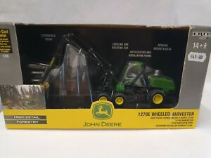 ERTL 1:50 42466 John Deere 1270E Wheeled Harvester new damage to box