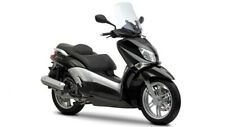 Coprisella specifico per scooter Yamaha X-City 250 realizzato in similpelle rive