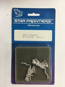 1983 TSR D&D Star Frontiers Miniatures 2 Figures #5806 Quickdeath