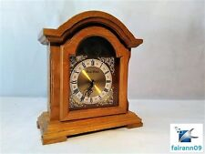 DANIEL DAKOTA LIGHT OAK WOODEN MANTLE CLOCK BATTERY OPERATED QUARTZ WORKS!