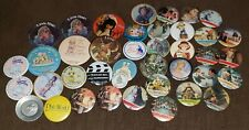 40 Vtg Collector Plate Convention Buttons Precious Moments Goebel Hummel Knowels