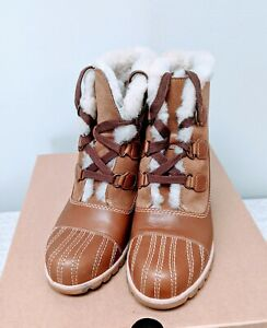 Ugg  W Alasdair Wedge Lace Up Ankle Boots Sz 10
